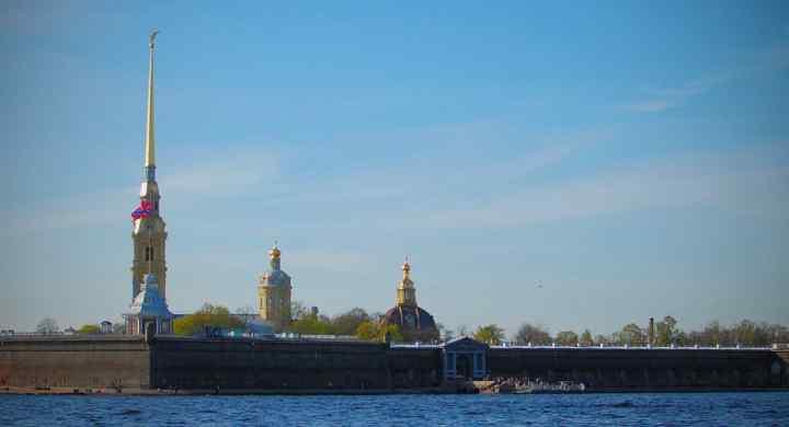 Недорогая Гостиница в Санкт-Петербурге в центре метро Сенная площадь